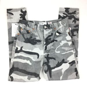 NWT Re/Done High Rise Ankle Crop Stretch Grey Camo
